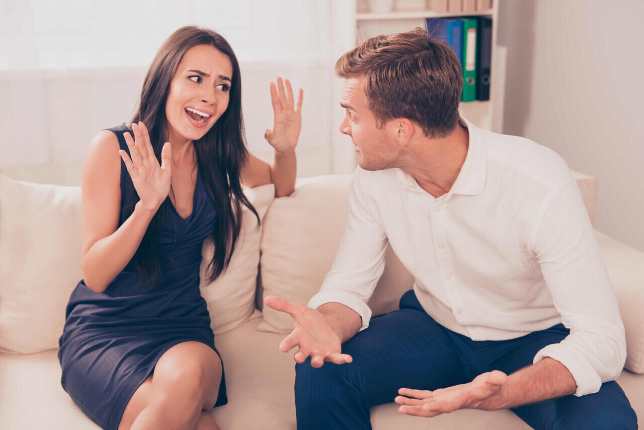 moglie tradisce marito